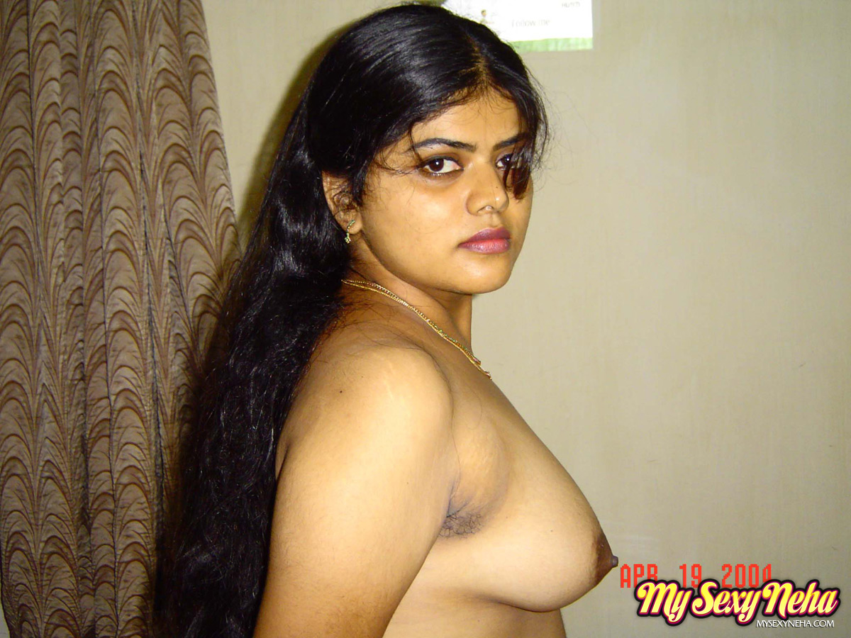 nude-pics-of-sexey-house-wife